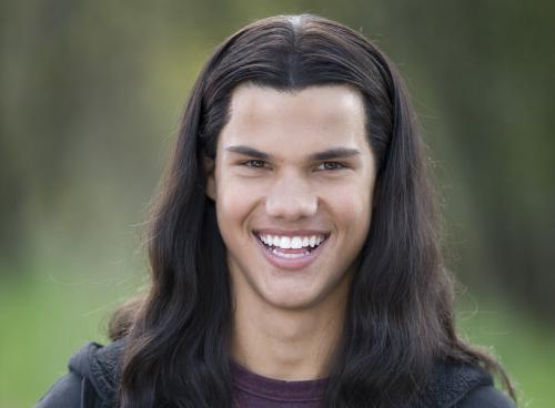 A Sincere About 97 Letter To Taylor Lautner Letters To Twilight Taylor lautner has reportedly signed a deal to appear on fox's scream queens, according to the hollywood reporter. a sincere about 97 letter to taylor